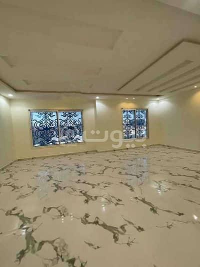 فیلا 4 غرف نوم للبيع في الرياض، منطقة الرياض - فيلا درج صالة للبيع في حي طويق غرب الرياض