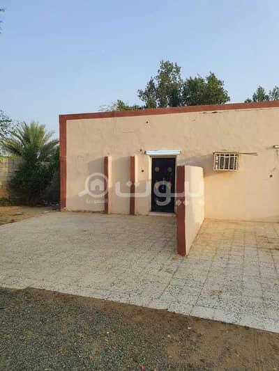 دور 4 غرف نوم للبيع في بيش، منطقة جازان - بيت شعبي للبيع بمسلية جازان