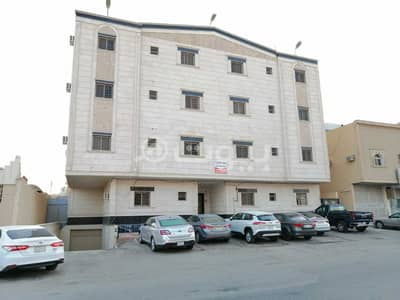 10 Bedroom Residential Building for Sale in Riyadh, Riyadh Region - For sale residential building in Al Yarmuk Al Sharqi | East of Riyadh