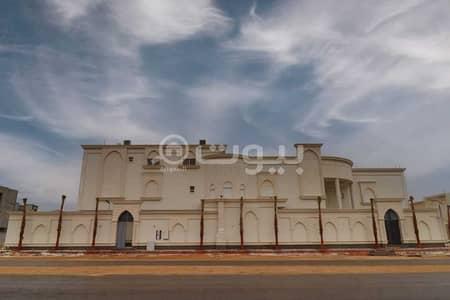 6 Bedroom Palace for Sale in Riyadh, Riyadh Region - Palace for sale in Al Mahdiyah district, west of Riyadh