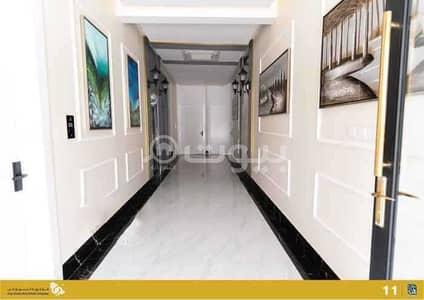 4 Bedroom Apartment for Sale in Riyadh, Riyadh Region - Apartment for sale in Qurtubah district, east of Riyadh