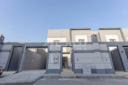 Floor for Sale in Riyadh, Riyadh Region - Upper Floor And A Roof With Instrument For Sale In Al Dar Al Baida, South Riyadh
