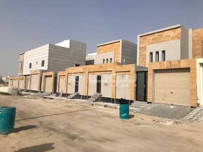 فیلا 4 غرف نوم للبيع في الخبر، المنطقة الشرقية - فلل دوبلكس 4 غرف نوم للبيع بحي العزيزية، الخبر