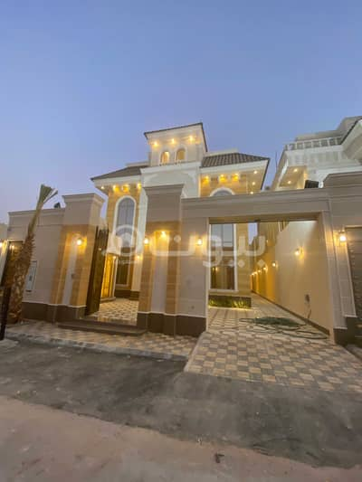 فیلا 5 غرف نوم للبيع في الرياض، منطقة الرياض - للبيع فيلا درج صالة في الملقا، شمال الرياض