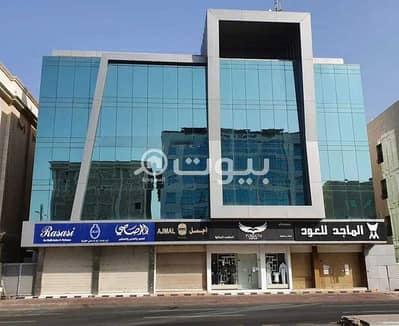 محل تجاري  للايجار في جدة، المنطقة الغربية - معرض للإيجار بشارع الأمير محمد بن عبد العزيز (شارع التحلية) بالروضة شمال جدة