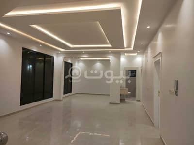 4 Bedroom Villa for Sale in Riyadh, Riyadh Region - Villa with a roof for sale in Al Munsiyah District, East of Riyadh