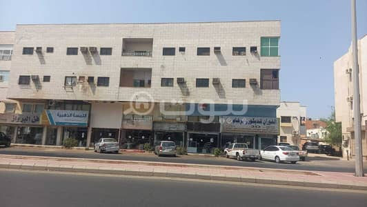 Residential Building for Sale in Jeddah, Western Region - Residential building for sale in Al Aziziyah, North Jeddah