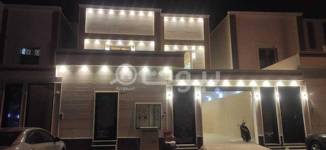 فیلا 5 غرف نوم للبيع في الرياض، منطقة الرياض - فيلا فاخره للبيع درج + شقتين في الرمال، شرق الرياض