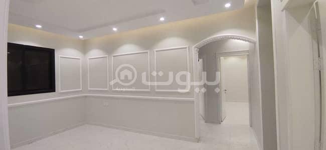 فیلا 5 غرف نوم للبيع في الرياض، منطقة الرياض - فيلا فاخرة للبيع درج + شقتين للبيع في المونسية، شرق الرياض