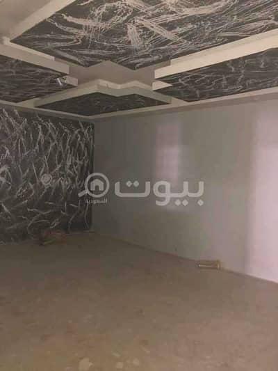 مستودع  للايجار في الرياض، منطقة الرياض - مستودع لإيجار بحي الرمال شرق الرياض | 450م2
