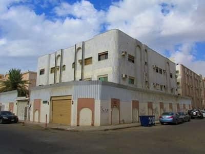 8 Bedroom Villa for Sale in Jeddah, Western Region - Photo