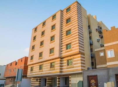 شقة 153م في الكعكية اربعة غرف كاش او قسط