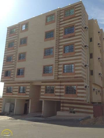 شقة دور الاول متكرر خلفية للبيع في حي المسفلة 2 / مكة المكرمة