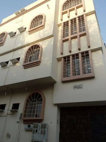 عمارة سكنية  للايجار في جدة، المنطقة الغربية - Photo