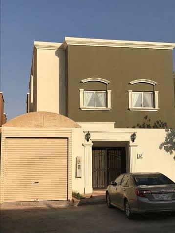 فیلا 5 غرف نوم للبيع في المجمعة، منطقة الرياض - Photo