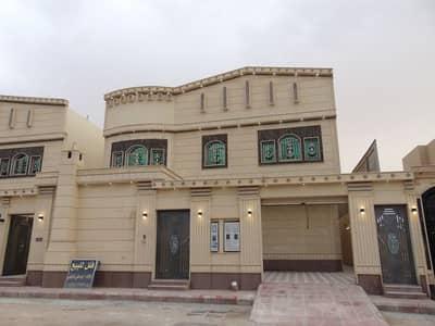 فیلا 4 غرف نوم للبيع في الرياض، منطقة الرياض - دور + 3 شقق