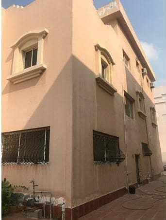 Villa for Sale in Jeddah, Western Region - Photo