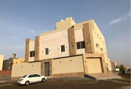 4 Bedroom Residential Building for Sale in Jeddah, Western Region - Photo