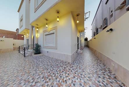 6 Bedroom Villa for Sale in Jeddah, Western Region - Photo