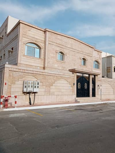 Residential Building for Sale in Jeddah, Western Region - عمارة فاخرة للبيع