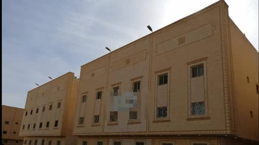 عمارة سكنية  للبيع في الرياض، منطقة الرياض - عمارتين عوائل بصك واحد للبيع مساحة 2750 بالعقيق، الرياض