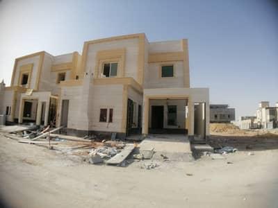 6 Bedroom Villa for Sale in Riyadh, Riyadh Region - For sale villa stair in hall and two apartments in Riyadh, Narjes
