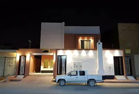 فیلا 4 غرف نوم للبيع في الرياض، منطقة الرياض - للبيع فيلا درج صالة وشقتين 430م في حي نمار، الرياض