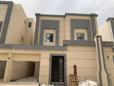 Villa for Sale in Riyadh, Riyadh Region - Villa for sale in Al-Rimal neighborhood in Riyadh with internal staircase