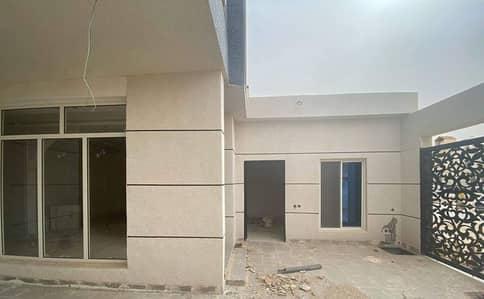 Villa for Sale in Riyadh, Riyadh Region - For sale duplex villa with swimming pool 300 SQM in Dhahrat laban