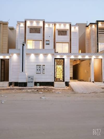 5 Bedroom Villa for Sale in Riyadh, Riyadh Region - villas stair in hall with two apartments in Al-Mousa district