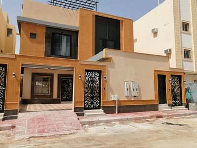 فیلا 9 غرف نوم للبيع في الرياض، منطقة الرياض - فيلا درج داخلي مع شقتين للبيع في حي الصحافة، الرياض