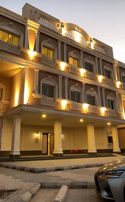 5 Bedroom Flat for Rent in Riyadh, Riyadh Region - Apartment in a complex (open semi compound) with distinct services in Al Nafal