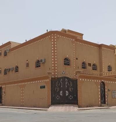 فیلا 4 غرف نوم للبيع في الرياض، منطقة الرياض - فيلا دور و3 شقق زاوية للبيع بحي الندوة