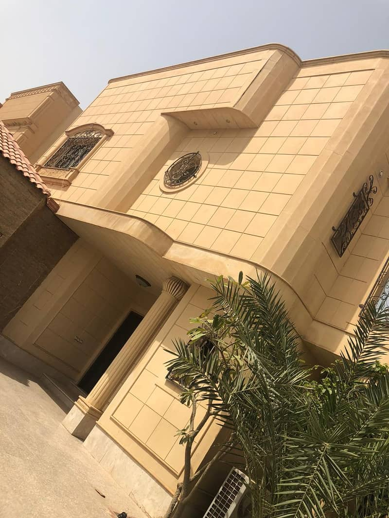Furnished villa 642sqm for sale in Ishbiliyah, East Of Riyadh