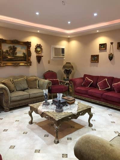 دور 2 غرفة نوم للايجار في الرياض، منطقة الرياض - للايجار دور أرضي مجدد مؤثث بحي صلاح الدين
