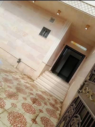 شقة 3 غرف نوم للبيع في المدينة المنورة، منطقة المدينة - شقة 3 غرف وصاله ومجلس للبيع في العزيزية، المدينة المنورة