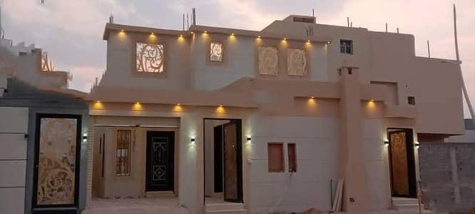دور 5 غرف نوم للبيع في الرياض، منطقة الرياض - للبيع دور مؤسس 3 شقق فاخرة بحي بدر، الرياض