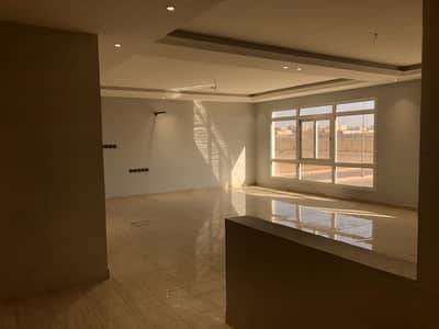 3 Bedroom Apartment for Sale in Madina, Al Madinah Region - Luxury apartment for sale in Mudhainib, Madina