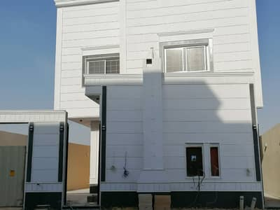 فیلا 6 غرف نوم للبيع في المزاحمية، منطقة الرياض - فيلا درج صالة وشقتين للبيع بحي طويق