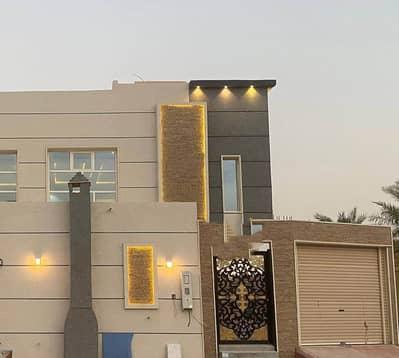 فیلا 5 غرف نوم للبيع في الرياض، منطقة الرياض - للبيع فيلا دوبلكس مع مسبح في حي ظهرة لبن، الرياض