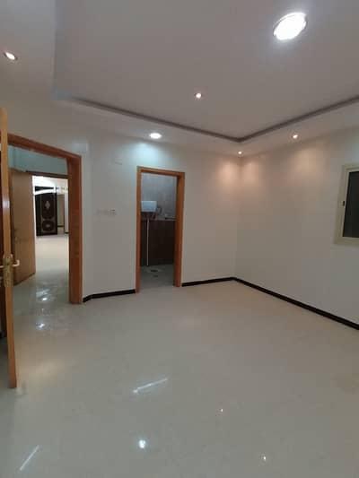 5 Bedroom Floor for Rent in Riyadh, Riyadh Region - Families floor for rent in Al Dar Al Baida | 5 Br