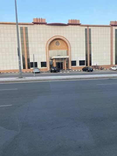 عمارة تجارية  للايجار في الرياض، منطقة الرياض - عمارة تجارية للإيجار بالشهداء، الرياض| 1500م2