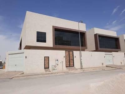 فیلا 5 غرف نوم للبيع في الرياض، منطقة الرياض - 3 فلل للبيع بحي القيروان، الرياض