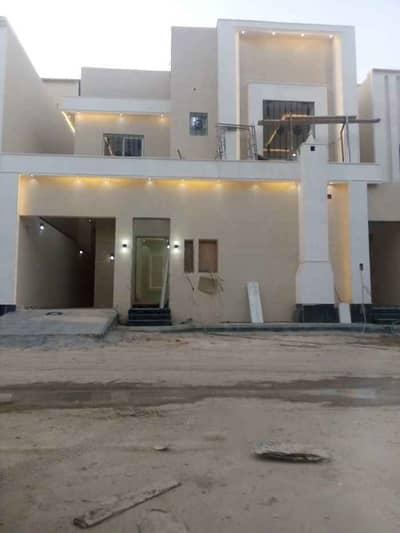 فیلا 4 غرف نوم للبيع في الرياض، منطقة الرياض - فيلا درج داخلي وشقتين في الرمال، الرياض