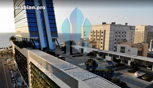 مكتب  للبيع في جدة، المنطقة الغربية - مكتب جديد للبيع ببرج الهيدكوارتر، شمال جدة| 193م2