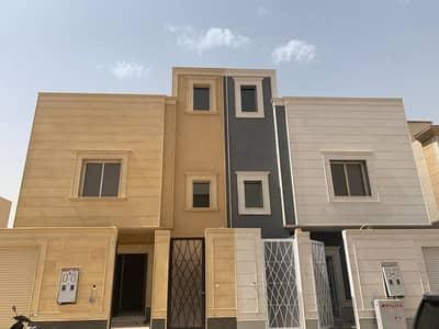 فیلا 4 غرف نوم للبيع في الرياض، منطقة الرياض - فيلتين دوبلكس للبيع في ظهرة لبن، الرياض