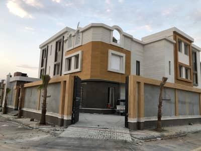 6 Bedroom Villa for Sale in Riyadh, Riyadh Region - Villa stairway in hall and elevator for sale in Al Narjis, Riyadh