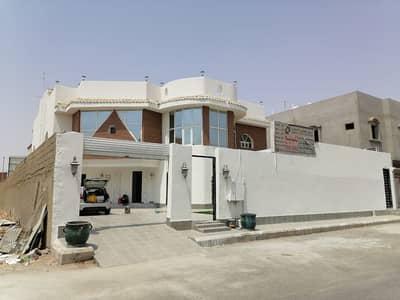 5 Bedroom Villa for Sale in Jeddah, Western Region - Villas and 2 apartments in Taiba District, Jeddah