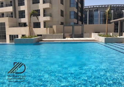 2 Bedroom Flat for Rent in Jeddah, Western Region - Brand New Modern Apartment with Huge Terrace for rent in Emaar Residence