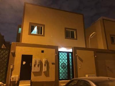 فیلا 5 غرف نوم للبيع في الرياض، منطقة الرياض - فيلا مفصولة | 313م2 للبيع بحي الملقا، الرياض